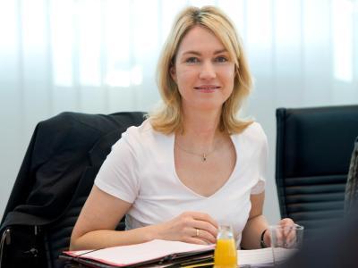 Bundesfamilienministerin Manuela Schwesig stellt Details zum Elterngeld Plus vor. Foto: Maurizio Gambarini
