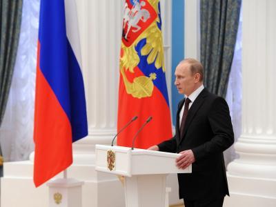 Präsident Putin hat die Gesetze zum Beitritt der Krim und der Stadt Sewastopol zur Russischen Föderation unterzeichnet. Foto: Mikhail Klimentyev / Ria Novosti