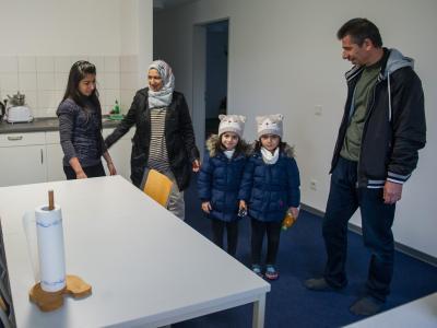 Kurdische Familie in Fl�chtlingsheim