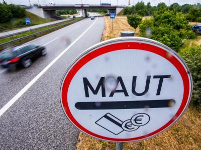 Die Pkw-Maut verstößt laut einem Bundestagsgutachten gegen EU-Recht. Foto: Jens Büttner