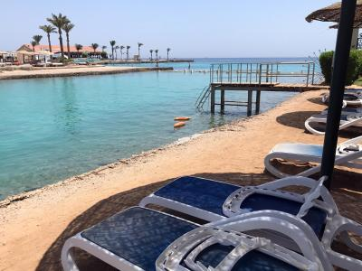 Strand in Hurghada an dem der Attentäter Urlauber mit einem Messer getötet hat. Foto: Benno Schwinghammer