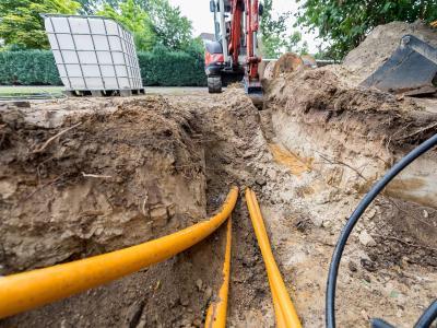 Von 400 Millionen Euro für den Ausbau des flächendeckenden Breitbandnetzes waren im Jahr 2016 nur 3,88 Millionen Euro abgeflossen. Foto: Guido Kirchner