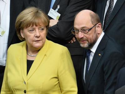 SPD-Herausforderer Martin Schulz schafft es bisher nicht, Kanzlerin Angela Merkel aus der Reserve zu locken. Foto: Gregor Fischer