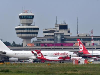 Air-Berlin-Maschinen auf dem Flughafen Tegel in Berlin. Foto: Paul Zinken