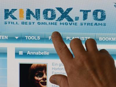 Kinox.to verlinkt auf raubkopierte Medieninhalte wie Kinofilme. Der mutmaßliche Betreiber ist nach jahrelanger Flucht gefasst worden. Foto:Matthias Hiekel/Archiv