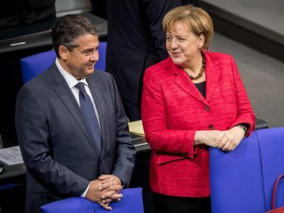 Merkel und Gabriel im Bundestag