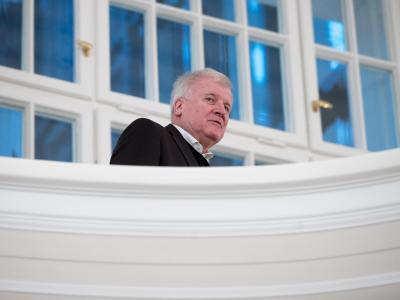 Horst Seehofer, Vorsitzender der CSU, kommt in Berlin zu einem Treffen der Partei- und Fraktionschefs von CDU, CSU und SPD in Berlin. Foto: Michael Kappeler