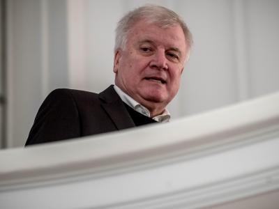 Horst Seehofer, CSU-Chef und bayerischer Ministerpräsident, wird im Kloster Seeon über den neuesten Stand in Berlin berichten. Foto: Michael Kappeler