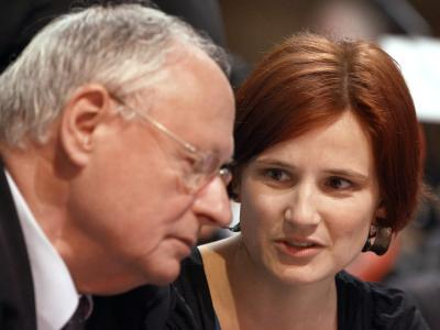 Katja Kipping im Gespräch mit Oskar Lafontaine. Foto: Jens Büttner/Archiv