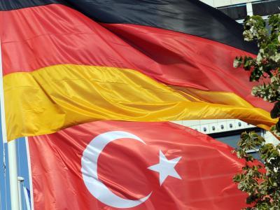 EU-Minister Ömer Celik: «Wir können das eine Österreichisierung Deutschlands nennen.» Foto: Jens Kalaene