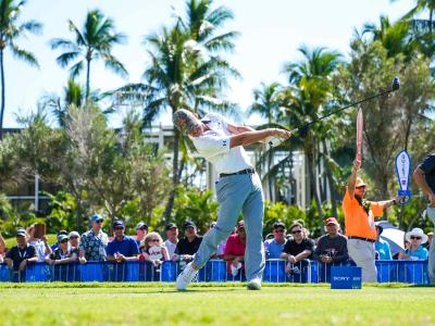US-PGA-Tour: US-Profigolfer John Peterson schlägt auf Honolulu am ersten Loch ab. Foto: Glenn Yoza