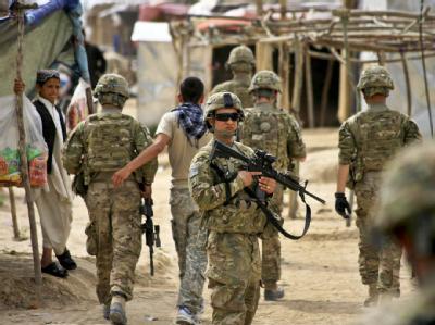 Etwas mehr als 49 000 US-Soldaten halten sich noch im Irak auf. (Archivbild)