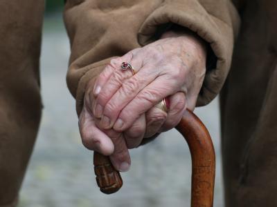 Debatte um Rentenbez�ge