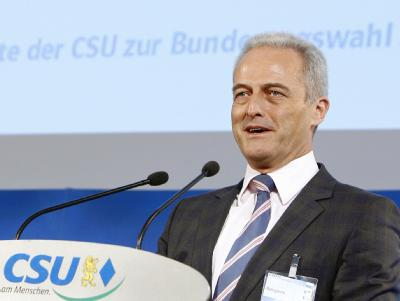 CSU-Landesgruppenchef Peter Ramsauer ist Spitzenkandidat der Partei für die Bundestagswahl.