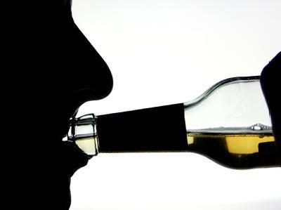 Nur leichte Rückgänge bei Alkohol und Tabak
