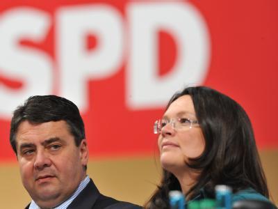 Der SPD-Vorsitzende Sigmar Gabriel und Generalsekretärin Andrea Nahles auf dem SPD-Bundesparteitag in Dresden.