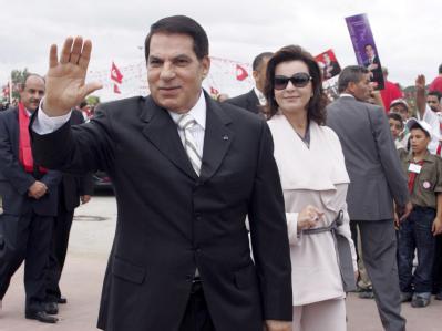 Die europäischen Konten des geflohenen tunesischen Ex-Machthabers Zine el Abidine Ben Ali und seiner Frau Leila Trabelsi sind mit sofortiger Wirkung eingefroren worden. (Archivbild)