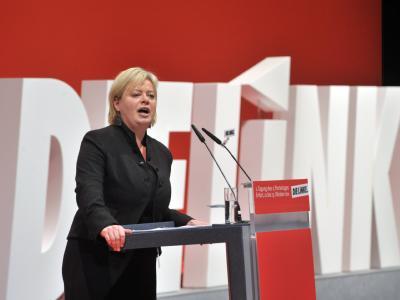 «Klarheit für die Mitglieder schaffen» - Gesine Lötzsch will wieder für die Parteispitze der Linken kandidieren. Foto: Martin Schutt