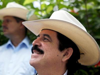 Der gestürzte honduranische Staatschef Manuel Zelaya will zurück in sein Amt.