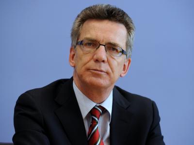 Bundesinnenminister de Maizière hält eine möglichst rasche Zusammenlegung von Bundespolizei und BKA für sinnvoll.
