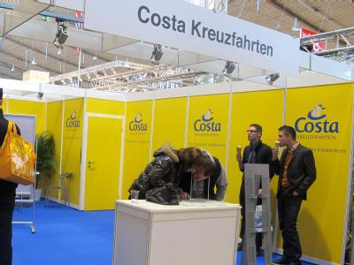 Costa-Messestand