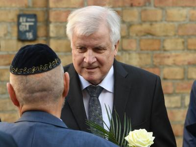 Seehofer in Halle